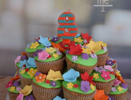 Πύργος από cupcakes